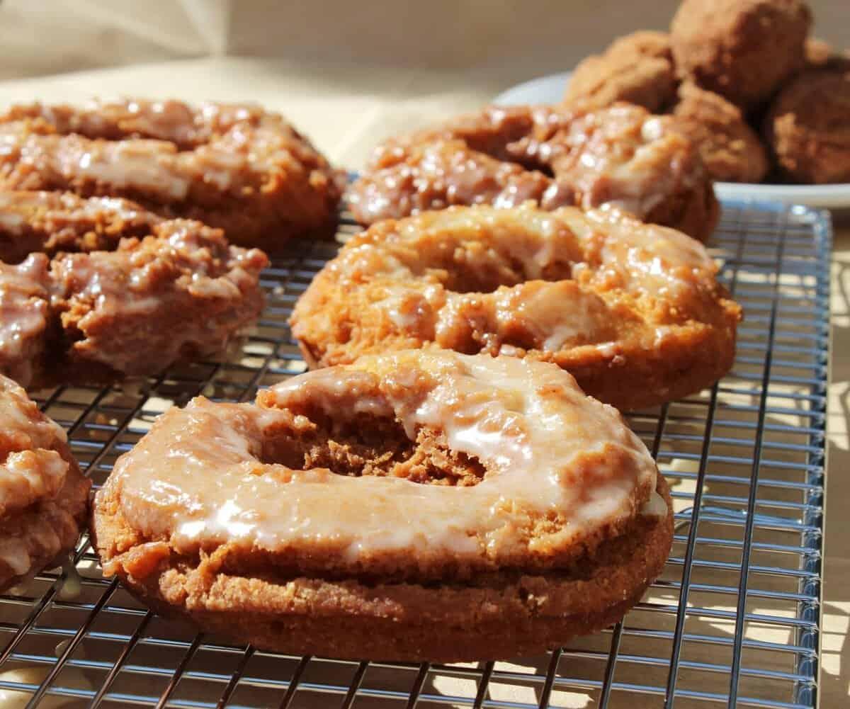 Apple Cider Dougnuts