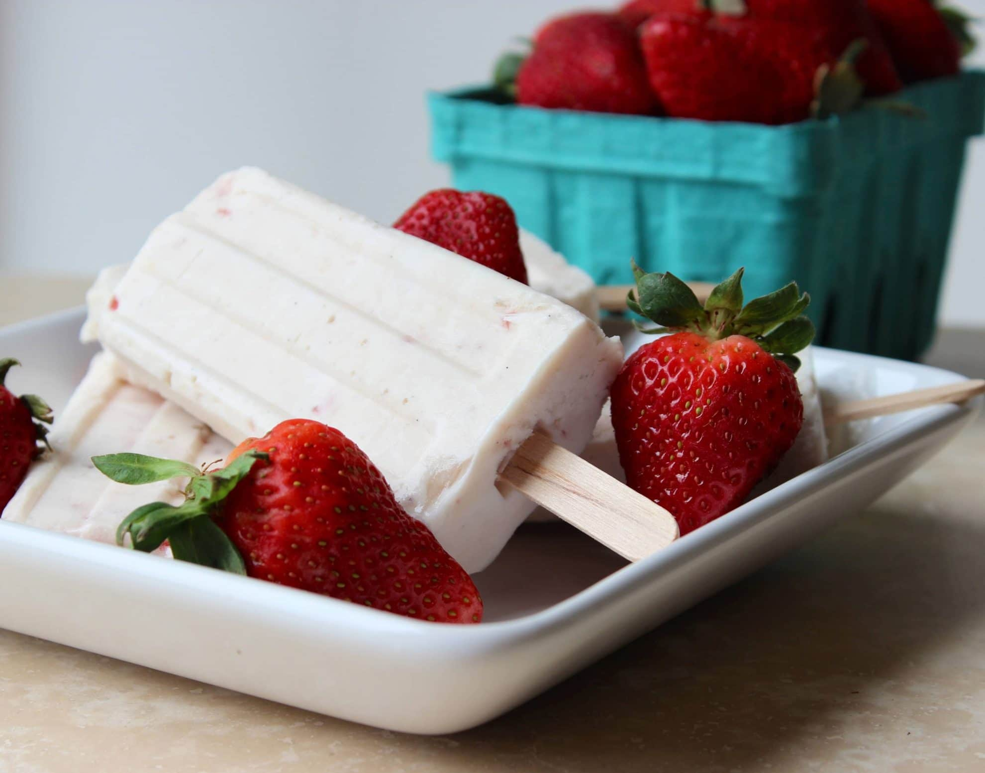 Strawberry and Vanilla Bean Cheesecake Pudding Pops