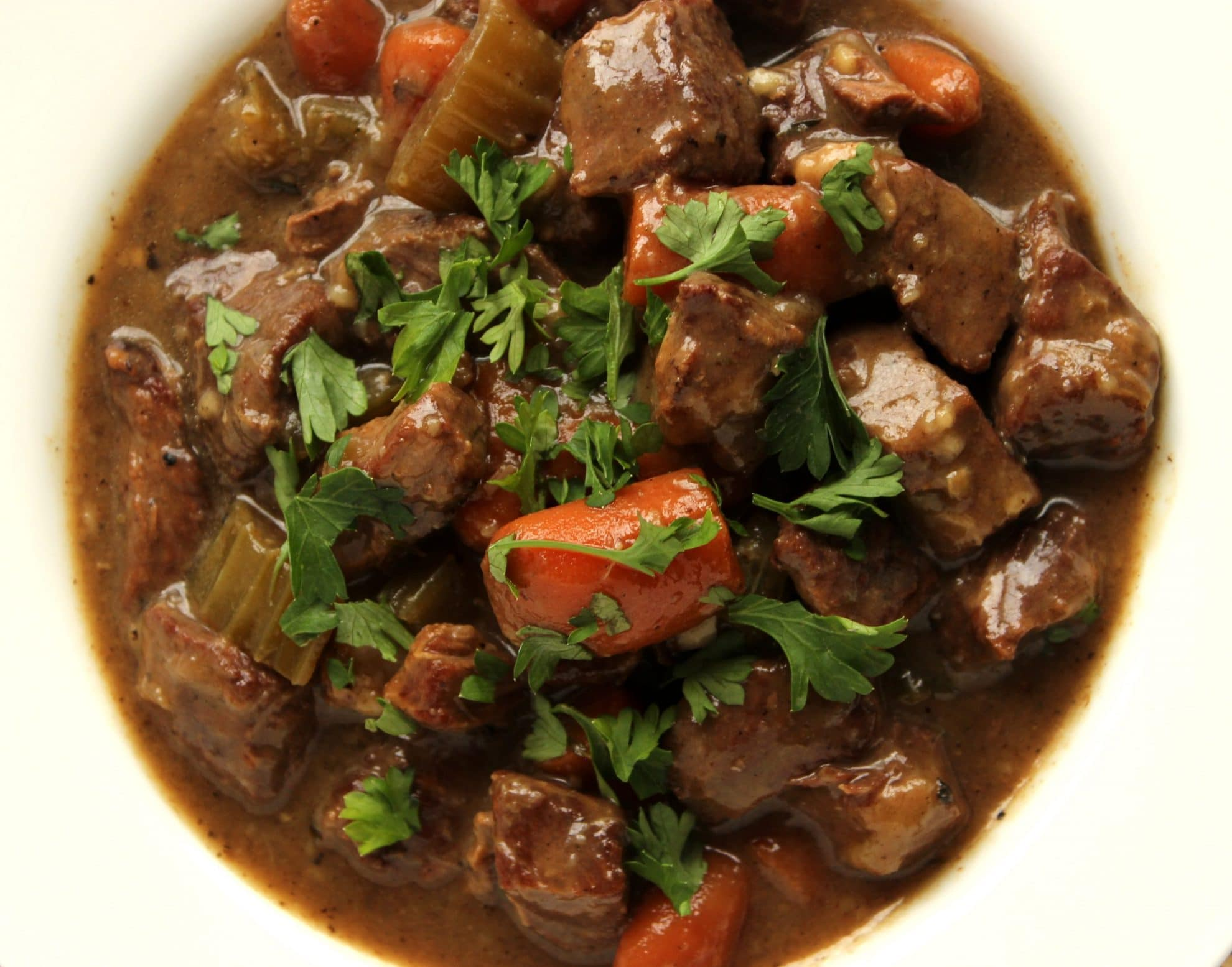 how to make beef and ale stew in slow cooker