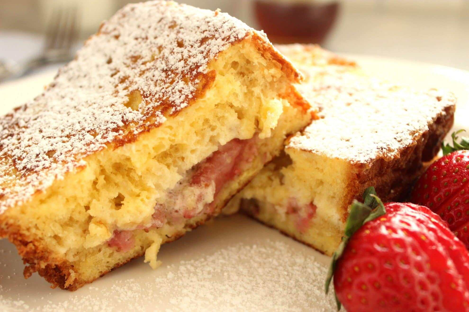 Roasted Strawberry and Mascarpone Stuffed French Toast | The Suburban Soapbox