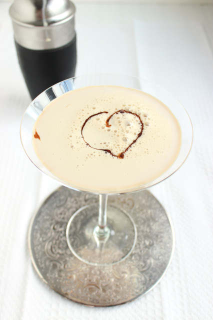 The Ultimate Chocolate Martini | The Suburban Soapbox