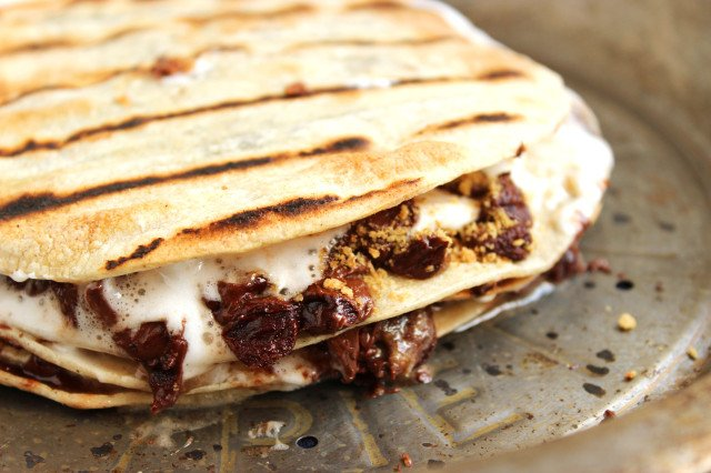 Campfire Quesadillas | The Suburban Soapbox