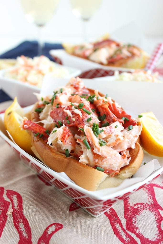 Classic Lobster Rolls | The Suburban Soapbox