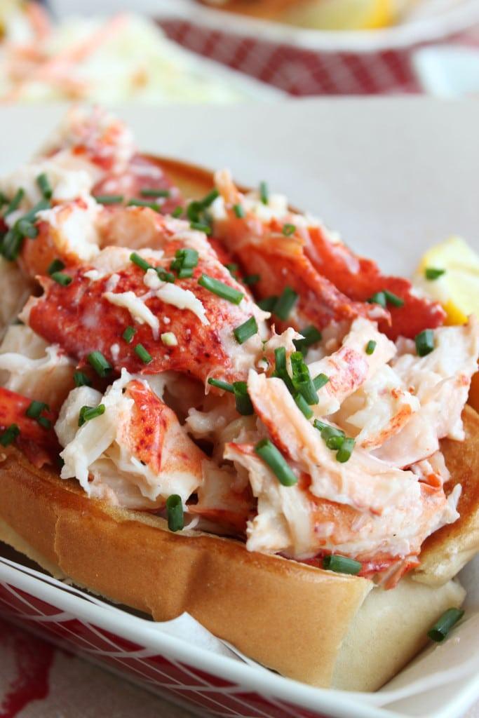Classic Lobster Rolls | The Suburban Soapbox