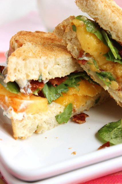 "Bacon ""Lettuce"" and Peach Sandwich with Basil Mayo 