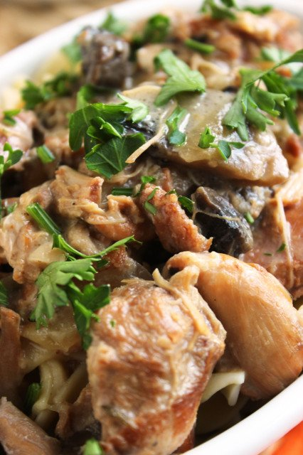 Slow Cooker Chicken Marsala Stew | The Suburban Soapbox