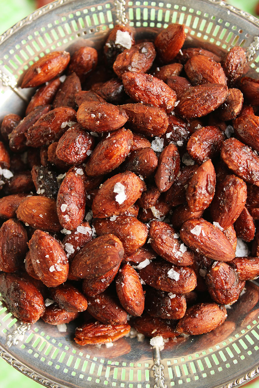 Spicy Cinnamon Maple Roasted Almonds The Suburban Soapbox Almond
