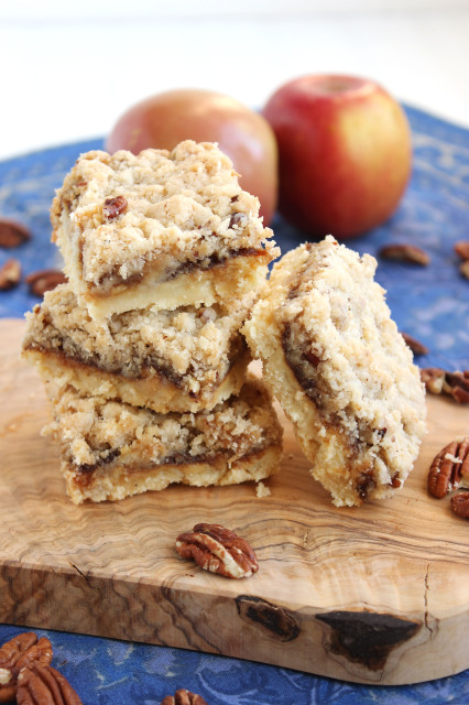 Apple Butter Cheesecake Streusel Bars | The Suburban Soapbox