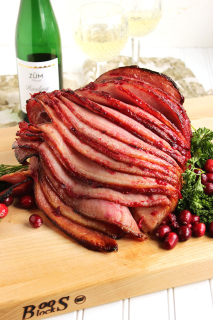 Riesling-Cranberry Glazed Spiral Ham | The Suburban Soapbox
