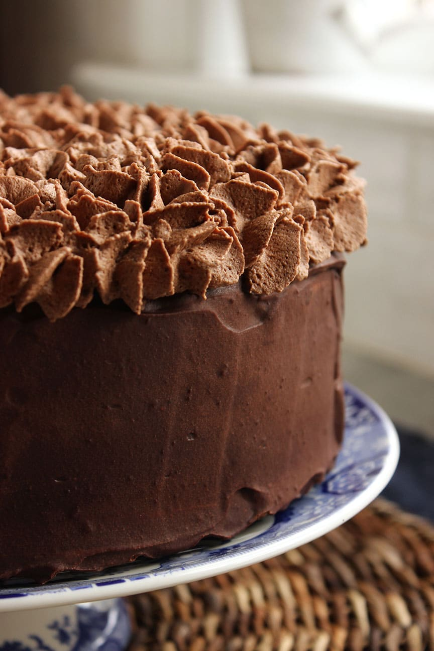 death by chocolate layer cake the suburban soapbox. Black Bedroom Furniture Sets. Home Design Ideas