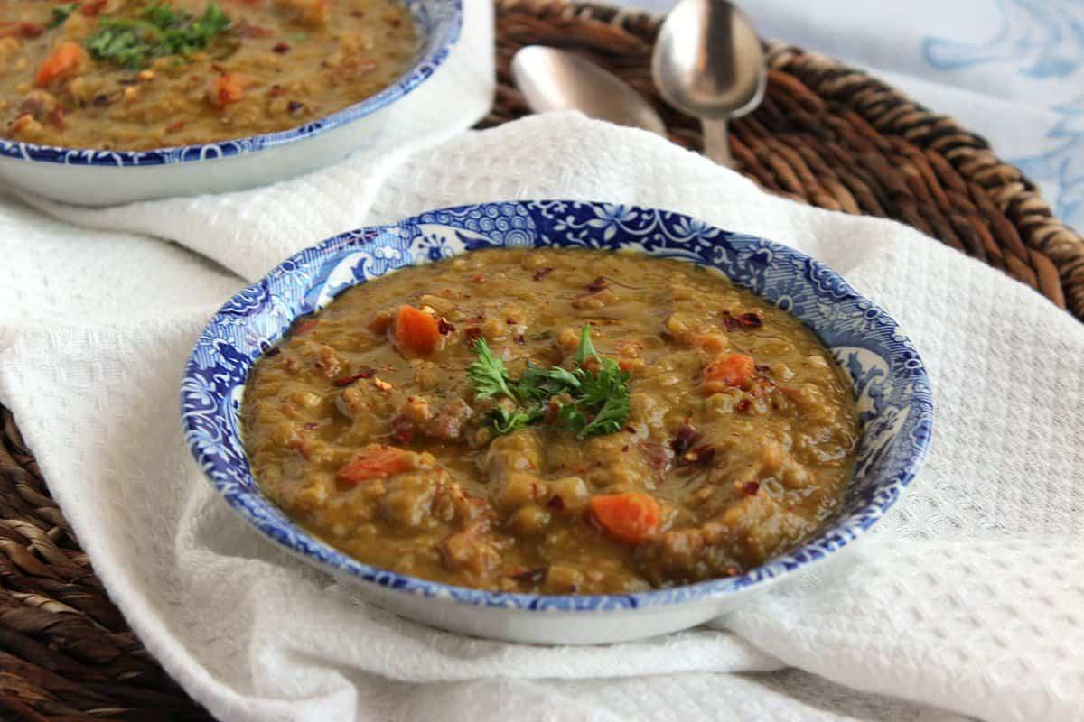 Slow-Cooker-Split-Pea-Soup-4.jpg