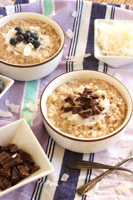 Slow Cooker Spiced Coconut Oatmeal | The Suburban Soapbox #slowcooker #breakfast
