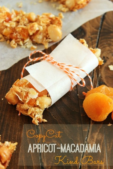 Apricot Macadamia Kind Bars | The Suburban Soapbox #granolabar #baking #kindbar