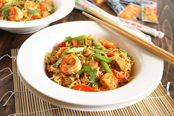 Spicy Singapore Noodles (Singapore Mei Fun)