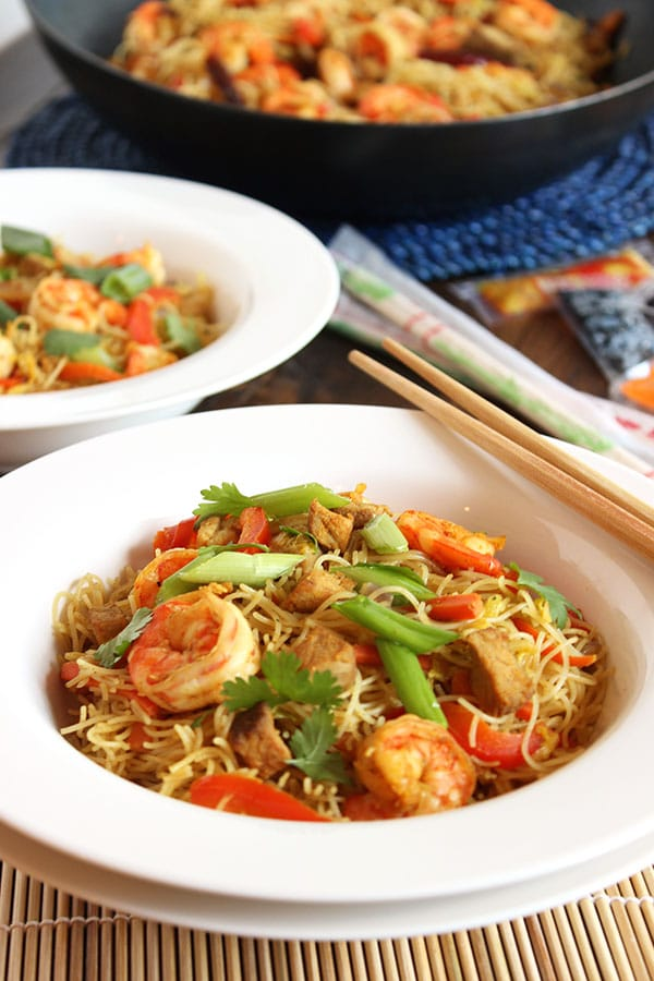 Spicy singapore noodles singapore mei fun the suburban soapbox spicy singapore noodles singapore mei fun the suburban soapbox copycatrecipe takeout forumfinder Images