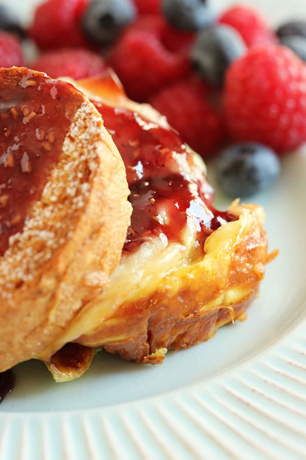 Monte Cristo Breakfast Casserole