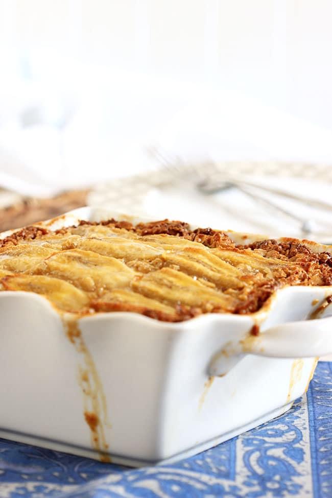 Bananas Foster Baked Oatmeal | The Suburban Soapbox #brunchweek #bakedoatmeal