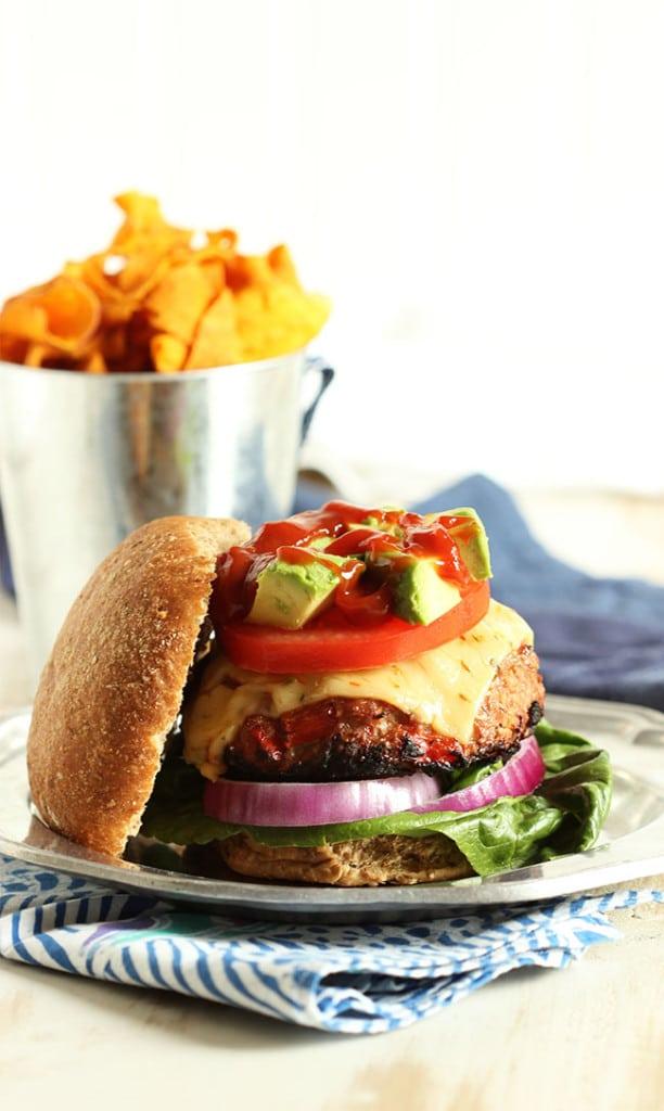 Fajita Turkey Burger with Chipotle Ketchup   The Suburban Soapbox #turkeyburger