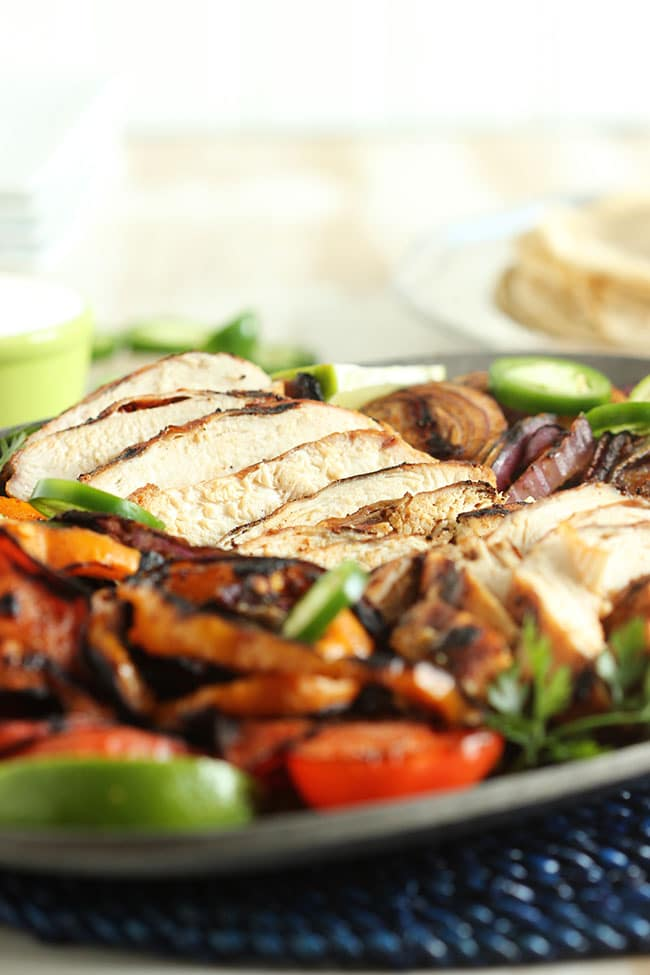 Grilled Chicken Fajitas | The Suburban Soapbox #chickenfajitas