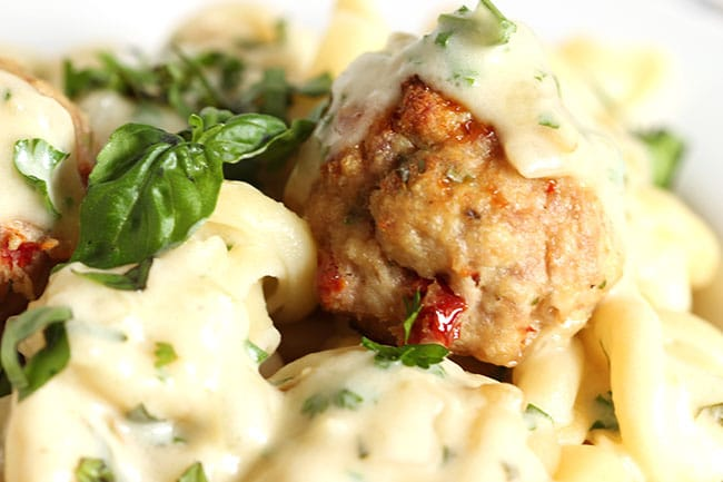 Ricotta Turkey Meatballs with Sun-Dried Tomatoes and Garlic Asiago ...