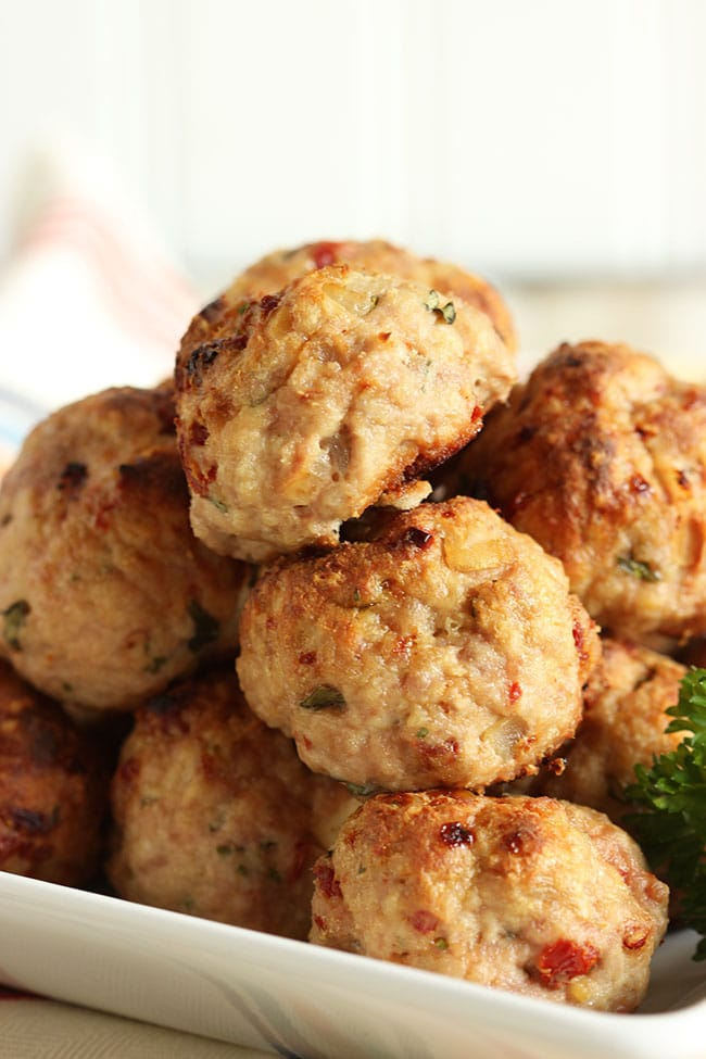 Ricotta Meatballs with Sun-Dried Tomatoes and Garlic Asiago Cream Sauce | The Suburban Soapbox #meatballs #maggianos