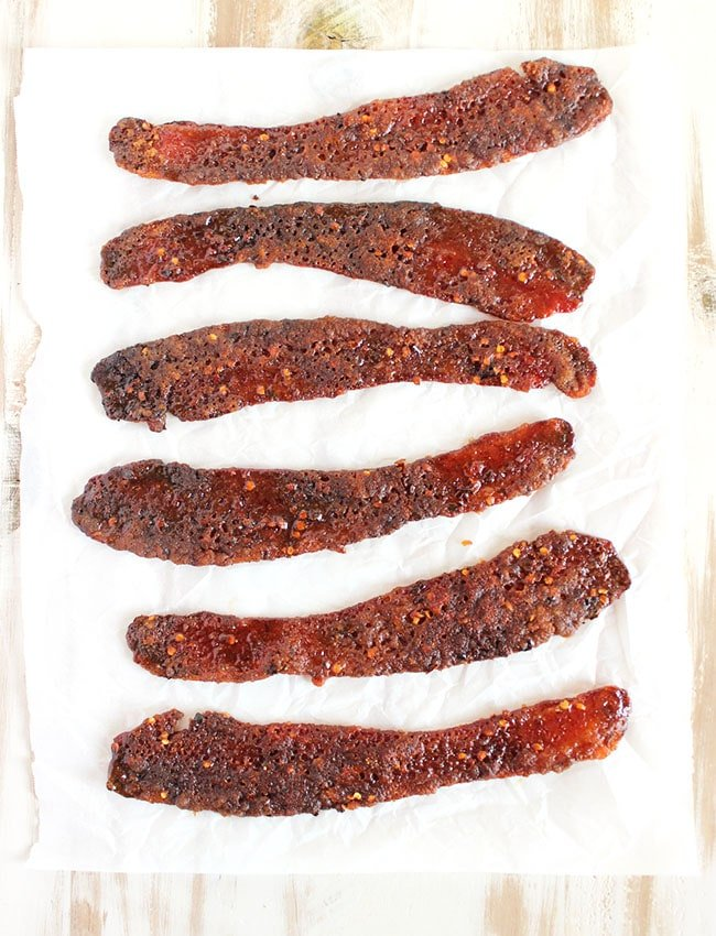 Sweet and Spicy Candied Bacon | The Suburban Soapbox