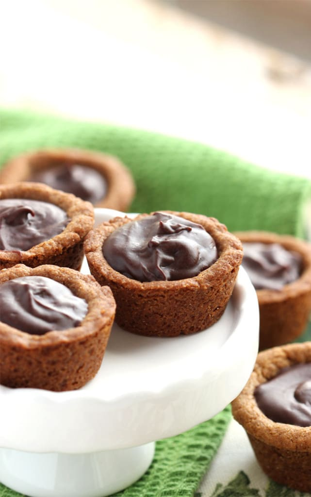 Chocolate Ganache Filled Gingerbread Cups | The Suburban Soapbox #FBCookieSwap
