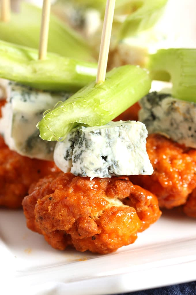 Buffalo Chicken Skewers with Spicy Avocado Ranch Dipping Sauce | TheSuburbanSoapbox.com #GameDaySnackHacks