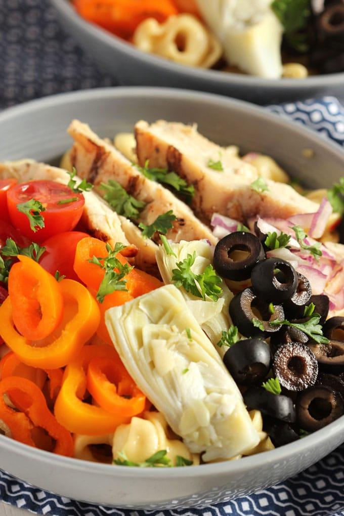 Italian Tortellini Salad with Grilled Chicken | TheSuburbanSoapbox.com