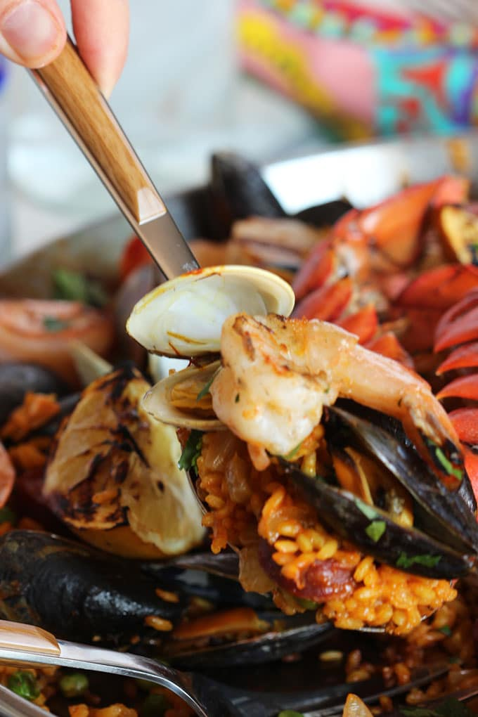 Grilled Seafood Paella | TheSuburbanSoapbox.com