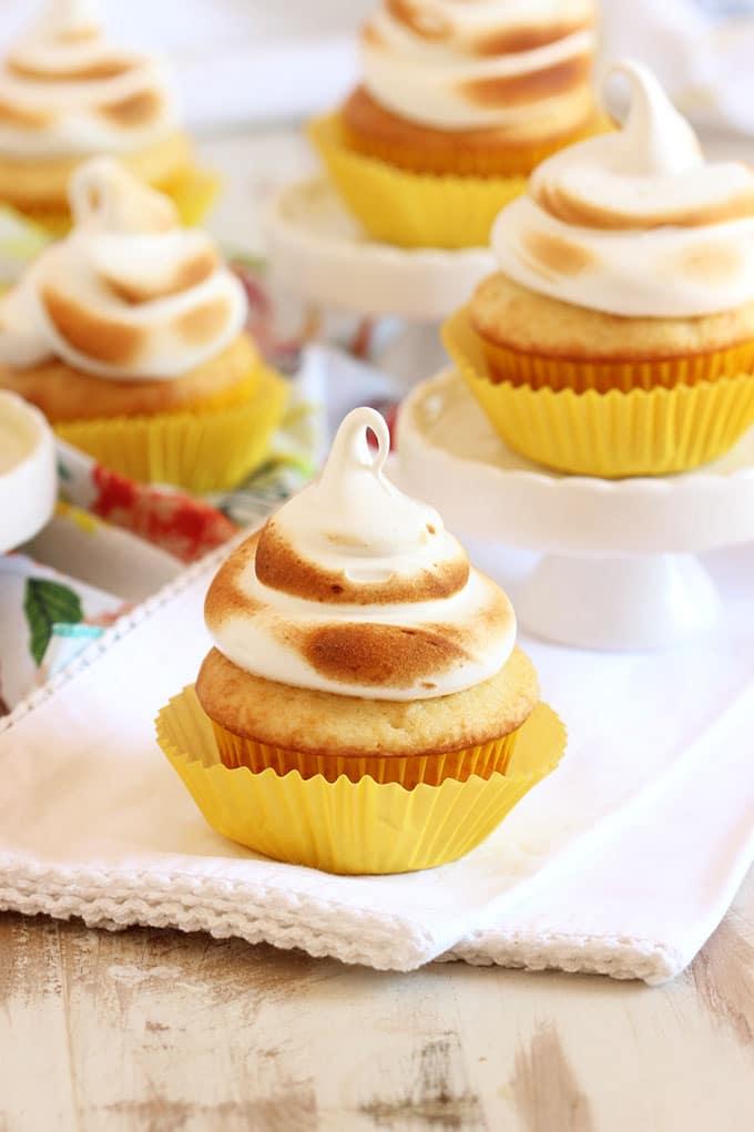 Easy Lemon Meringue Cupcakes | TheSuburbanSoapbox.com