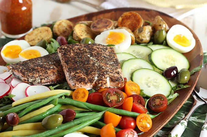 Salmon Nicoise Salad With Roasted Red Pepper Vinaigrette The