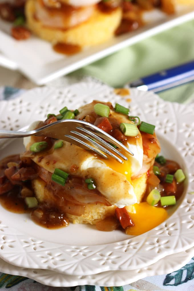 Shrimp and Grits Eggs Benedict with Spicy Red Eye Gravy | TheSuburbanSoapbox.com #BrunchWeek