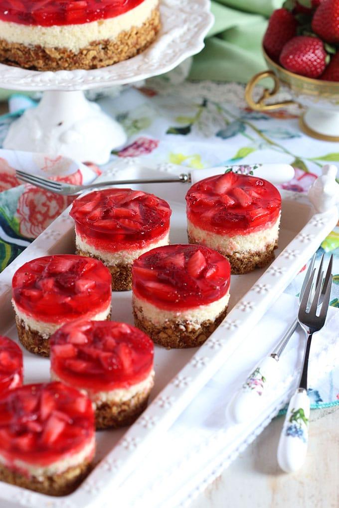 Strawberry Pretzel Salad Cheesecake | TheSuburbanSoapbox.com #MadeWithKitchenAid