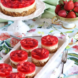 Strawberry Pretzel Salad Cheesecake