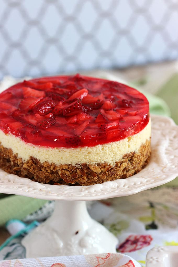 Strawberry Pretzel Salad Cheesecake | TheSuburbanSoapbox.com #MadeWithKitchenAid