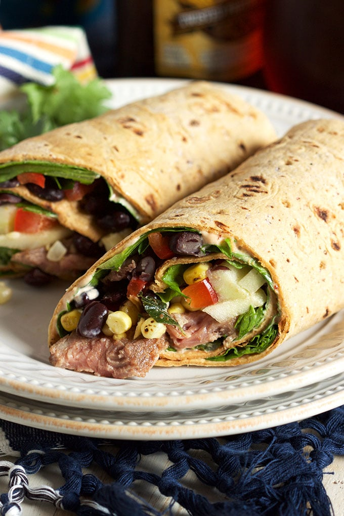 Starbucks Copycat Southwest Style Steak Wrap is the not sad desk lunch you've been waiting for. The BEST healthy wrap ever.   TheSuburbanSoapbox.com