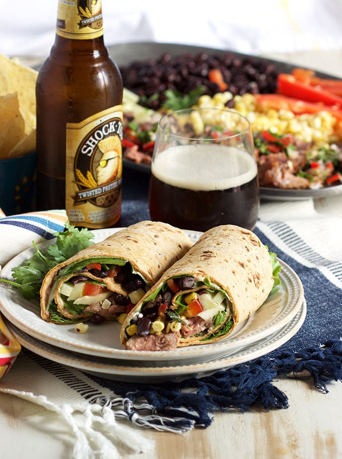 Starbucks Copycat Southwestern Steak Wrap is the not sad desk lunch you've been waiting for. The BEST healthy wrap ever. | TheSuburbanSoapbox.com