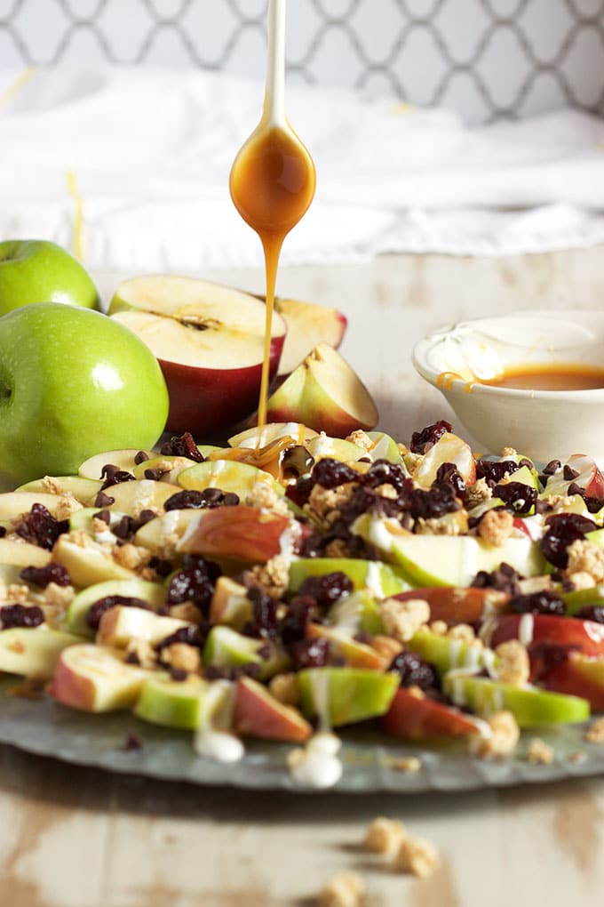 The best and healthiest after school snack, this Easy Caramel Apple Nachos recipe will win over picky eaters. TheSuburbanSoapbox.com