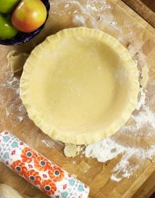 Flaky, buttery, perfect, this is the easiest and best pie crust recipe ever! | TheSuburbanSoapbox.com