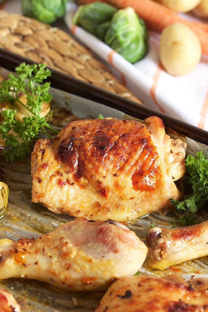 Sheet pan chicken with brussel sprouts carrots and for Chicken and brussel sprouts skillet