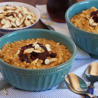 Slow Cooker Pumpkin Spice Oatmeal