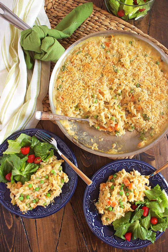 Super easy, one pot weeknight dinner the whole family will love, this is the BEST Tuna Noodle Casserole ever. TheSuburbanSoapbox.com