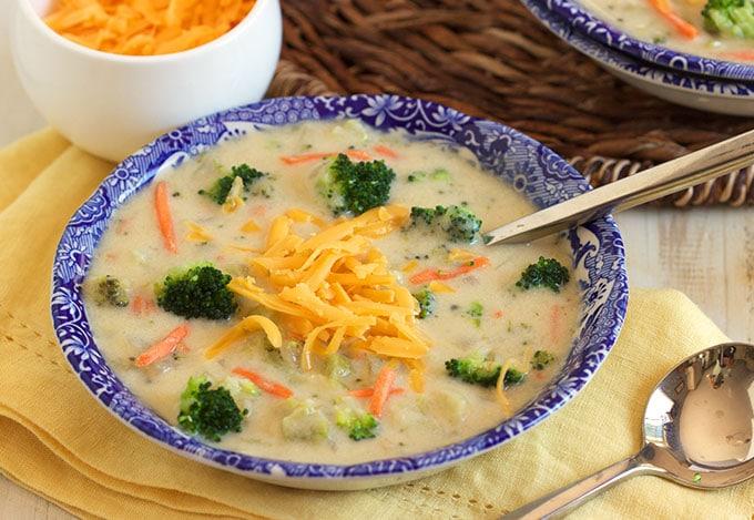Easy Broccoli Cheddar Soup - The Suburban Soapbox