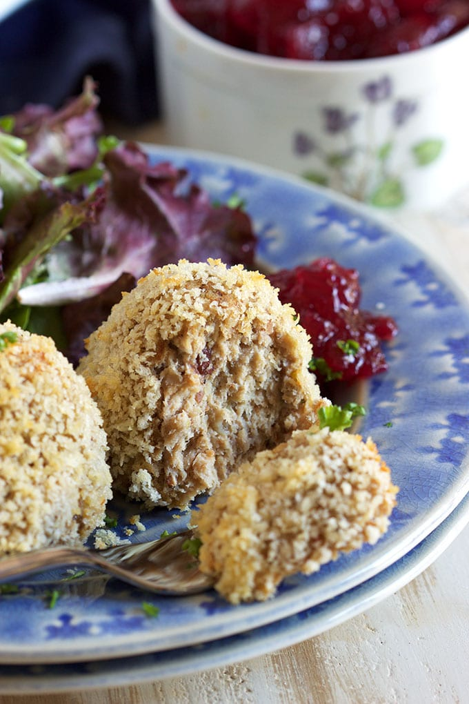 Super easy Thanksgiving leftover recipe, these simple Baked Turkey Croquettes are full of flavor and ready in minutes. | ThesuburbanSoapbox.com