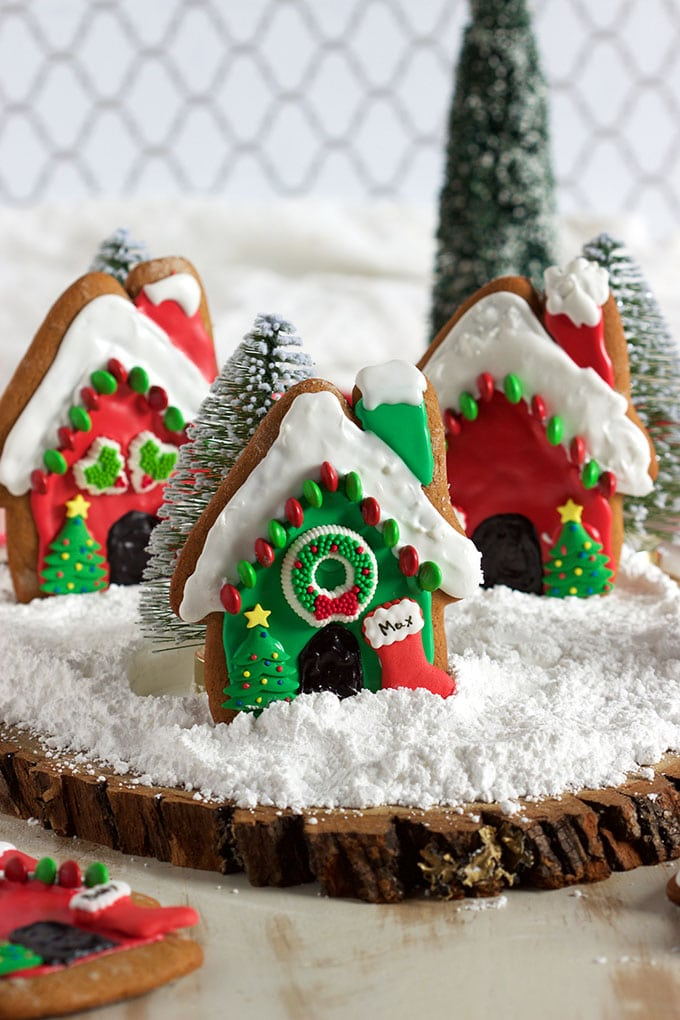 So easy to make, these festive Gingerbread Dog Houses are a tasty and fun way to celebrate the holidays! | TheSuburbanSoapbox.com #SecretLifeofPets #PetPack