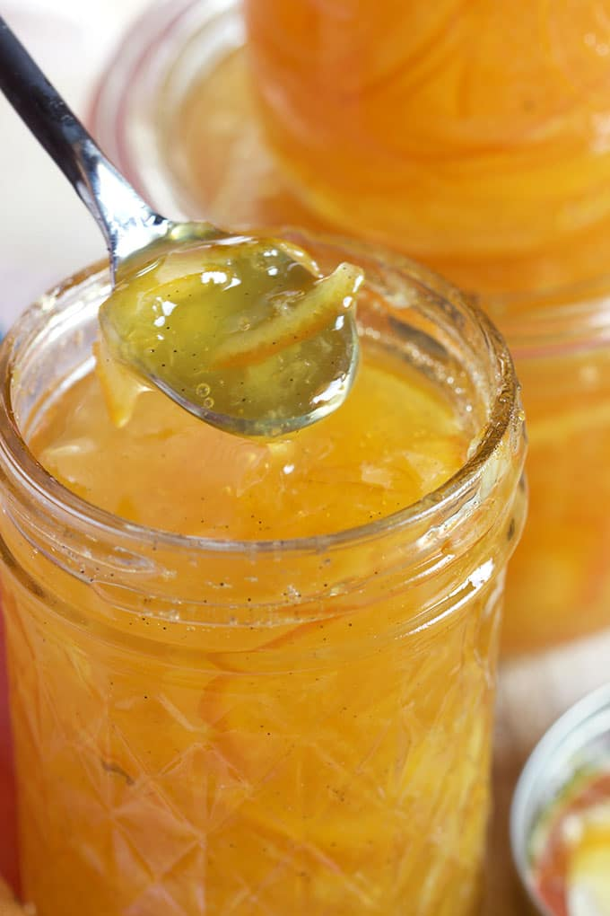This Easy Orange Marmalade Recipe is spiked with vanilla and perfect ...