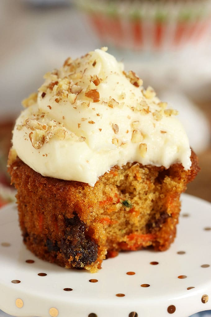 Super easy and perfect results every time, the BEST Carrot Cake Cupcakes with Cream Cheese Frosting recipe is perfect for every occasion. | TheSuburbanSoapbox.com