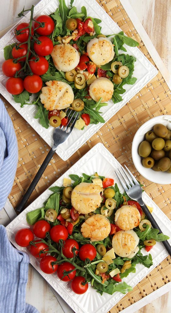Ready in just 15 minutes, Pan Seared Scallops with Olive Artichoke Relish is perfect for every occasion!   TheSuburbanSoapbox.com #CalRipeOlives