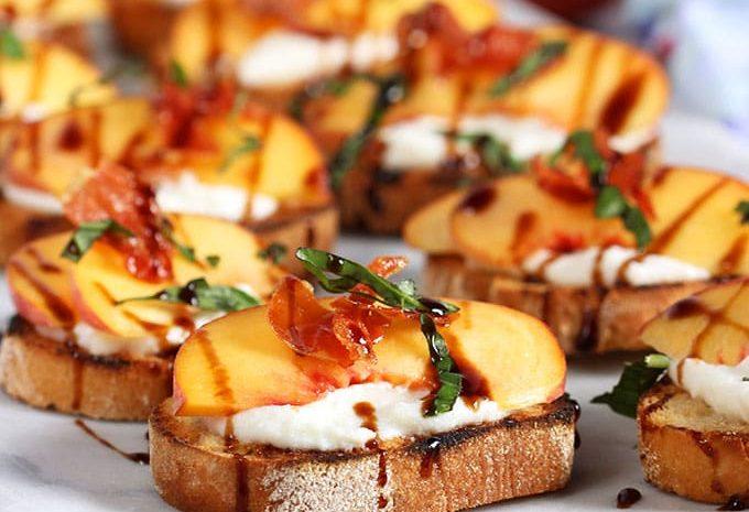 Honey Ricotta Peach Crostini Appetizer | TheSuburbanSoapbox.com